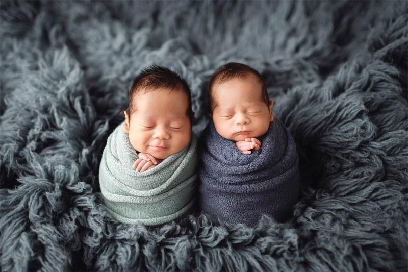 baby shooting fuer zwillinge 001 1 Pawel Golacki Fotografie Baby-Shooting für Zwillinge